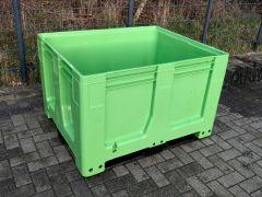Schoeller Maxilog palletbox met 3 sledes. Groen ( nieuw)